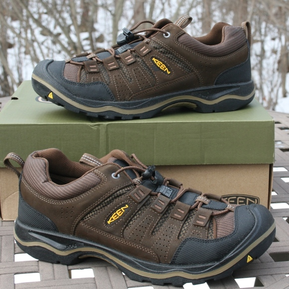 3e474e8210 KEEN Shoes | Rialto Traveler 10 Mens Outdoor Shoe New | Poshmark